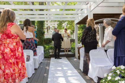 Doughty; Processional 3; Glen Garden Weddings; Lynn Prescott Photography