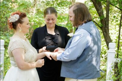 Doughty; Ring Exchange 3; Glen Garden Weddings; Lynn Prescott Photography
